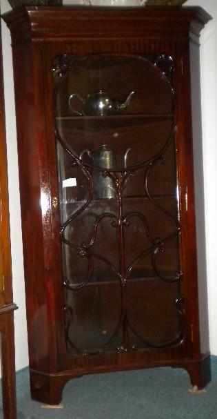 Corner cabinet for 7 furniture doral fl