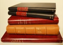 Cinci volume de istorie românească și universală / Five volumes of Romanian and universal history