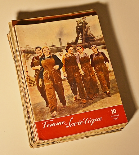 Trei reviste din perioada de început a epocii comuniste/Three magazines in the beginning of the Communist era