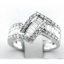 18KT WHITE GOLD BAGUETTE & DIAMOND RIGHT HAND RING (1.08CTS TW)