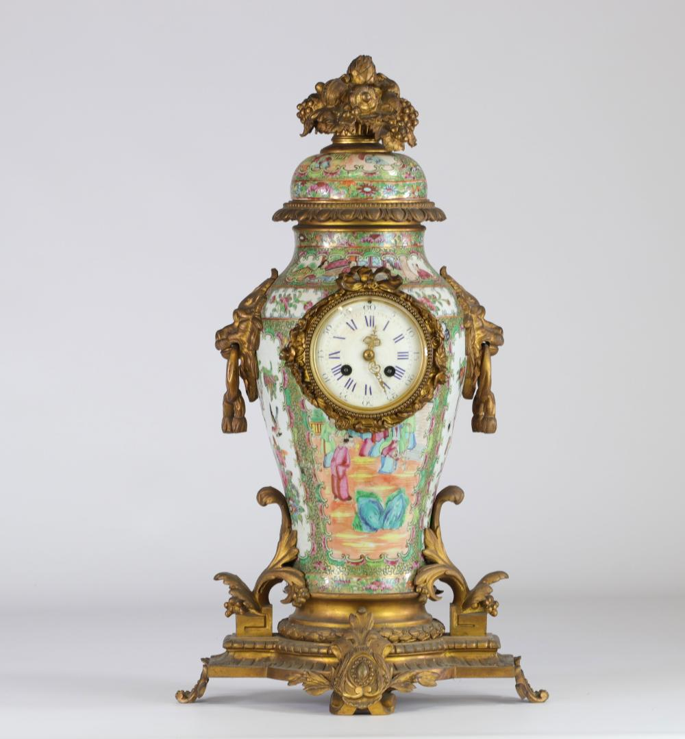 China Canton porcelain and bronze pendulum Napoleon III period Sizes: H=570mm D=210mm Weig