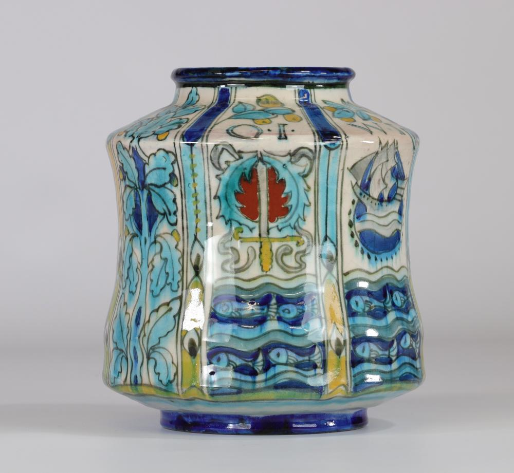 Delft vase signed Leon Sont Sizes: H=210mm D=190mm Weight (K): 1,57kg Condition: at f