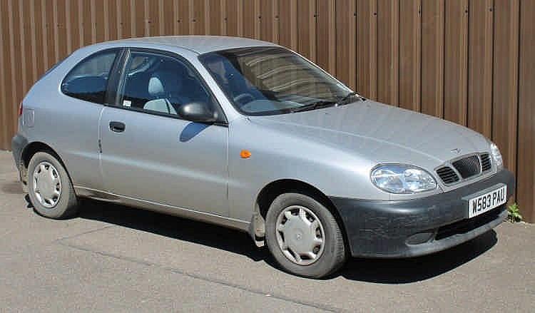 A Daewoo Lanos 3 door hatchback, 1.4S, 1400cc, ma