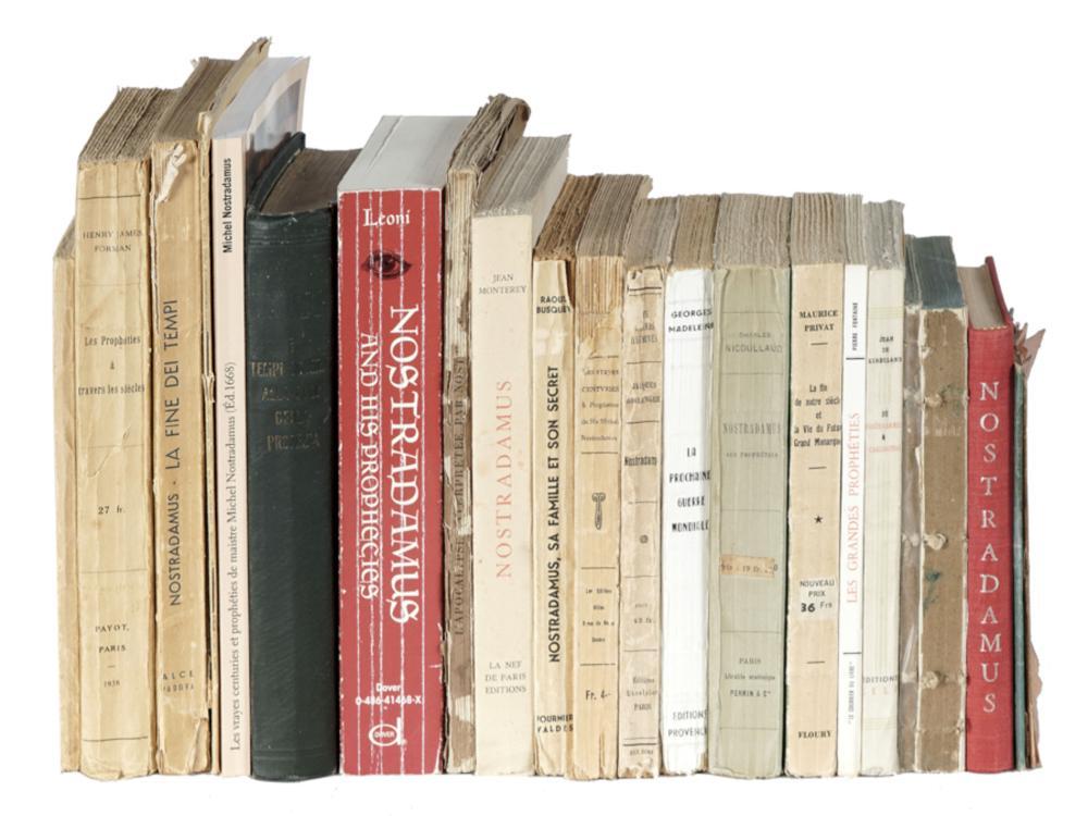 Lotto di 23 pubblicazioni su Nostradamus. XIX e XX secolo.