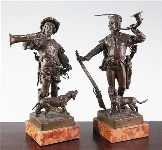 Eugene Barillot (1841-1900) A pair of bronze figures of Renaissance huntsmen blowing hunting horns, height 10in.