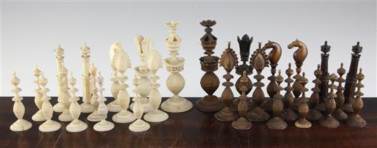 An Indian export ivory chess set, Delhi, c.1850, kings 4.72in.