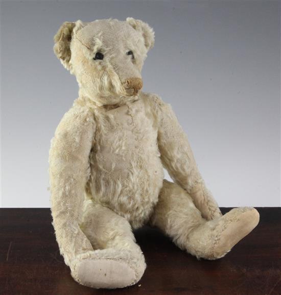 An early Steiff teddy bear, blank button c.1904, 16in.