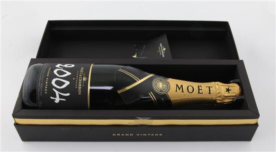 One bottle of Moet & Chandon 2004 Grand Vintage Champagne, in presentation box.