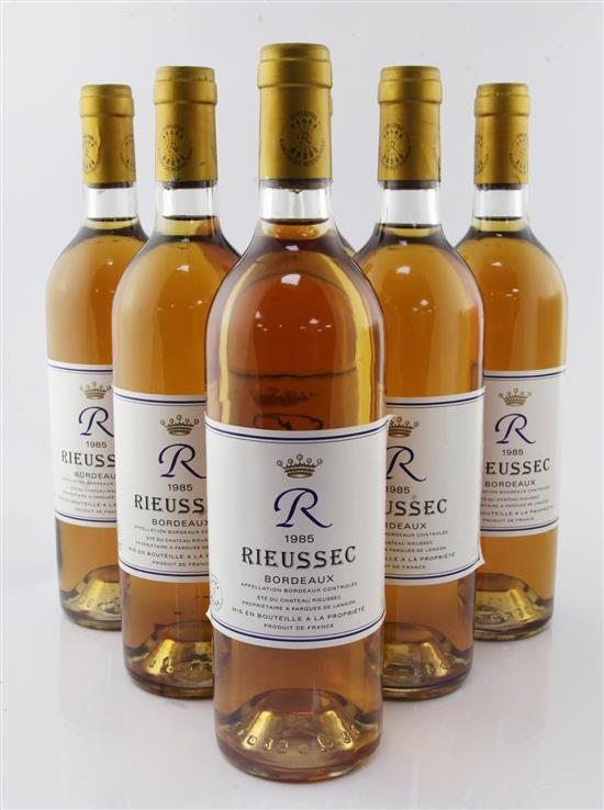 Six bottles of R. de Rieussec Blanc Sec 1985,