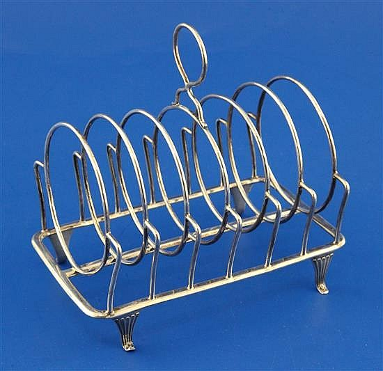 A George III silver seven bar toastrack, by William Abdy II, 5.5 oz.