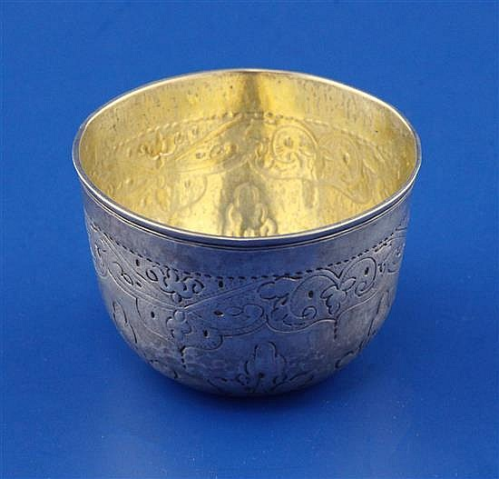 A mid 18th century Russian 84 zolotnik silver tumbler, 40 grams.