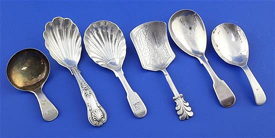 Four assorted George III silver caddy spoons and two later caddy spoons, 4in et infra.