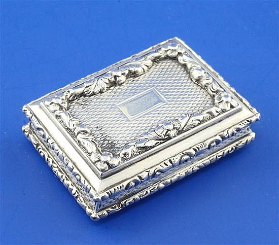 A William IV engine turned silver rectangular vinaigrette by Nathaniel Mills, 1.5in.