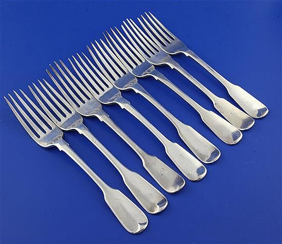 A harlequin set of eight George IV and later silver fiddle pattern table forks, 18.5 oz.
