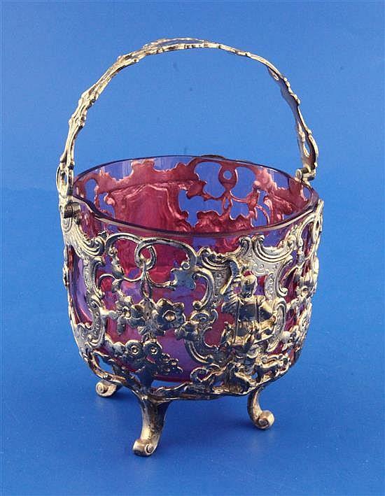 A Victorian pierced silver sugar basket, 10.5 oz.
