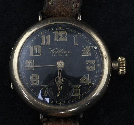 An early 20th century 9ct gold Waltham manual wind wrist watch,