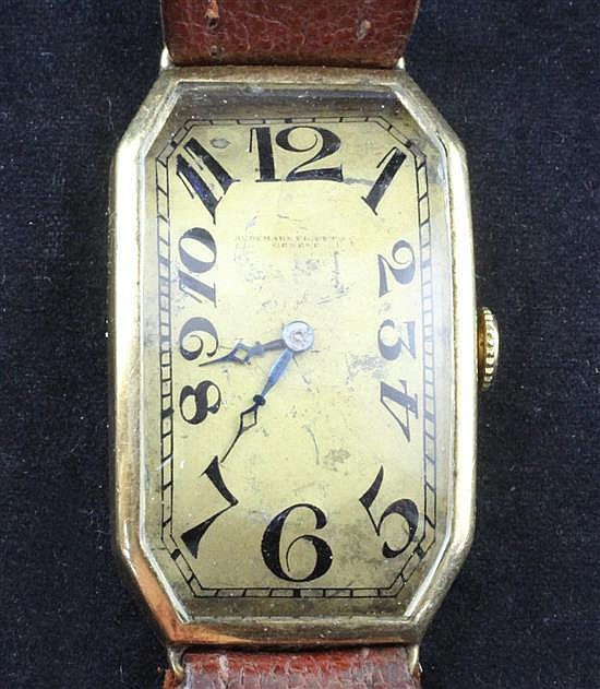 A stylish 1920's/1930's continental 18ct gold manual wind wrist watch,