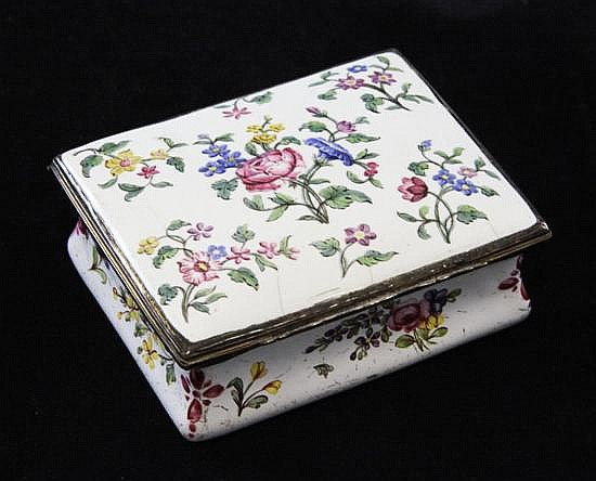 An 18th century South Staffordshire enamel box, 3.5in.
