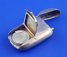 A Victorian silver combination vesta and sovereign case, 2.5in.