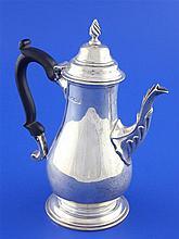 A late Victorian 18th century design bachelor's silver coffee pot, gross 9 oz.