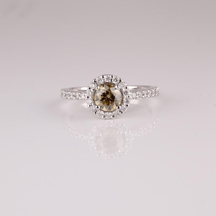 APP 5k 14 kt Two Tone Gold 0 92CT Round Cut Diamond Ring