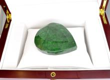 APP: 6.6k 728.20CT Pear Cut Green Beryl Emerald Gemstone