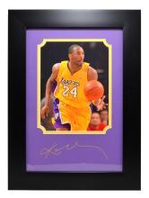 Rare Plate Signed Kobe Bryant Photo Great Memorabilia  -PNR-