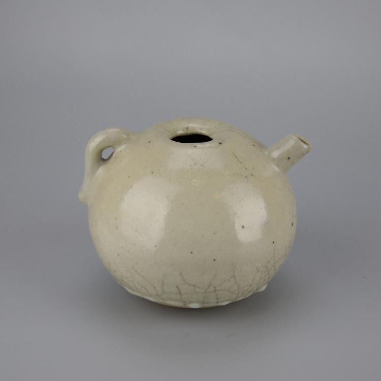 Chinese Unique Pottery Tea Pot