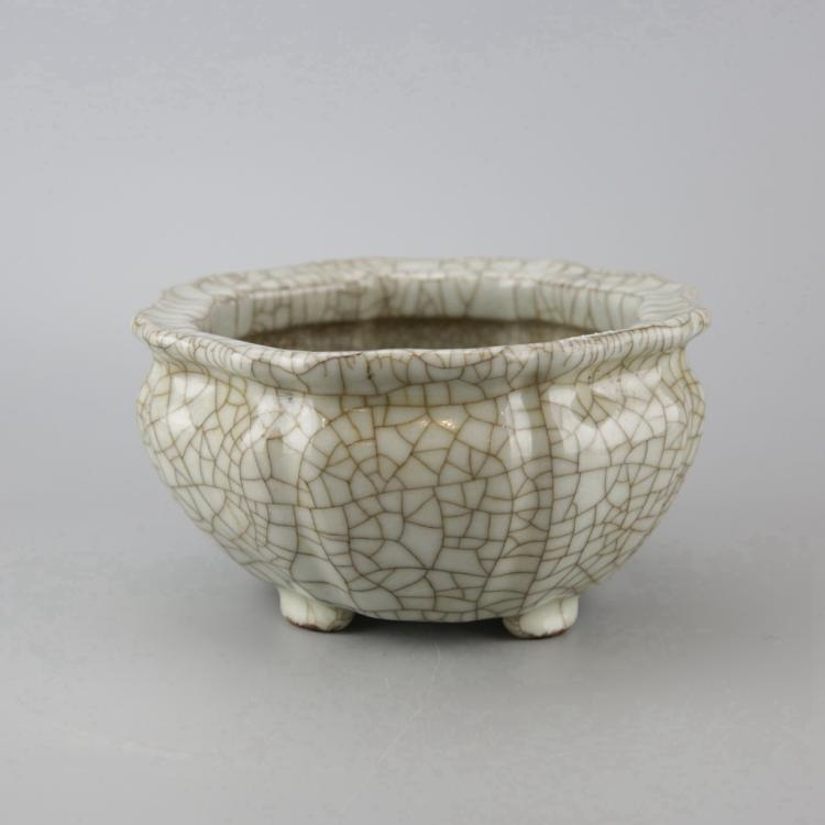 Chinese Grey Crackle Glaze Jardiniere