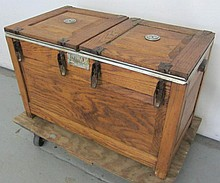Unusual Early 20th C. Oak clam bar