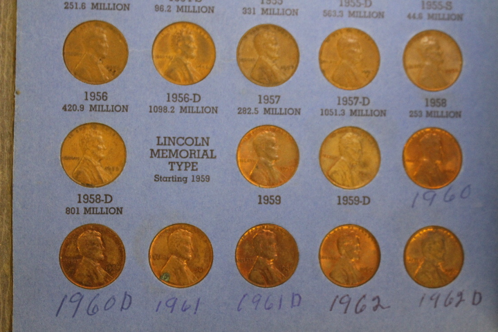 Lincoln Head Cent Collection Number 2 Starting1940 I have a complete set of pennies from1941 - 1959 Bonus wset includes 1960, 1961, 1962  Please look at photo