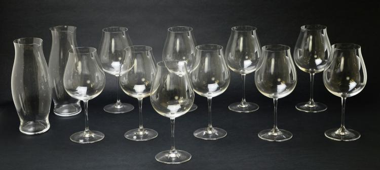 Set of 10 Riedel Crystal Pinot Noir Glasses Stemware and 2 Riedel Crystal Carafes