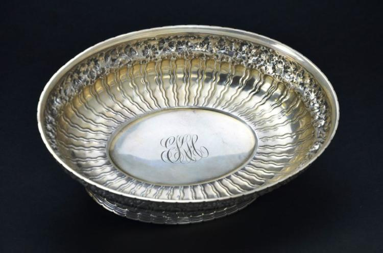 Repousse Vintage Sterling Silver Floral Bowl, 22.08 Troy Ounces