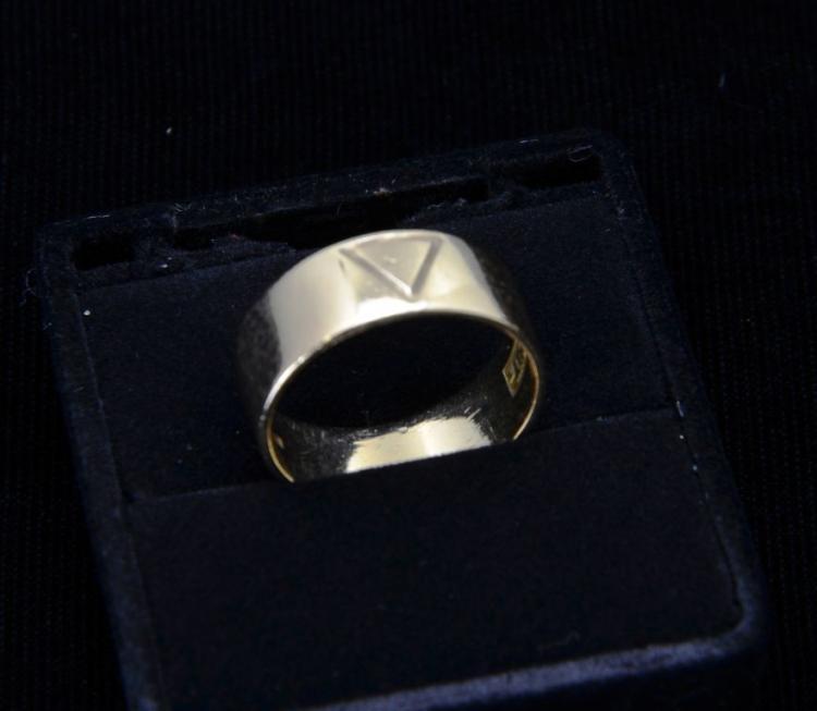 "Fine 10KT Yellow Gold 14th Degree Masonic Ring ""Virtus Junxit Mors Non Separabit"""