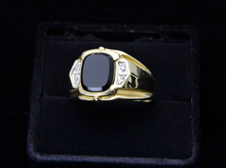 Gentleman's 14KT Yellow Gold Ring with Black Onyx and Diamonds