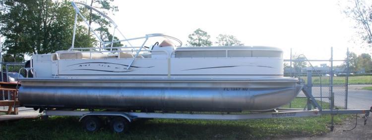 2007 Monark MNX 24' Aluminum Pontoon Boat