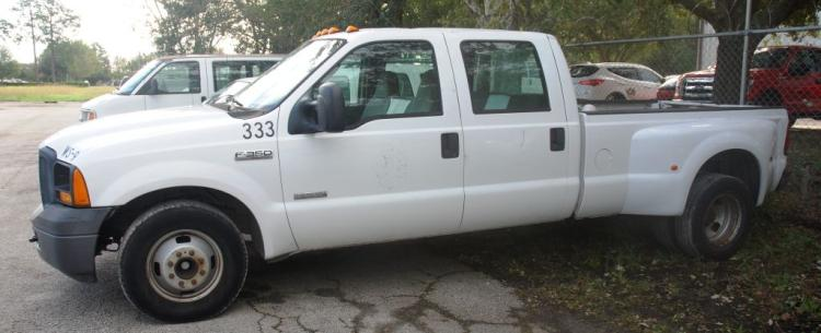 2006 Ford F350 Pick Up Truck