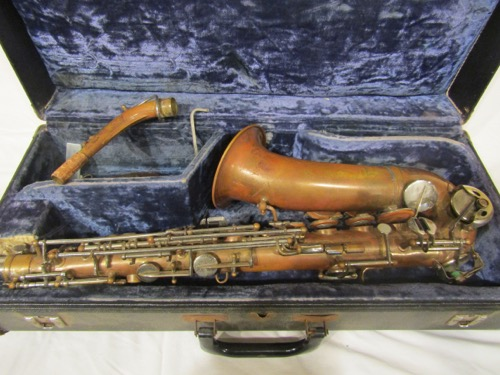 Old nobelt paris saxophone 12187 for Classic house track with saxophone