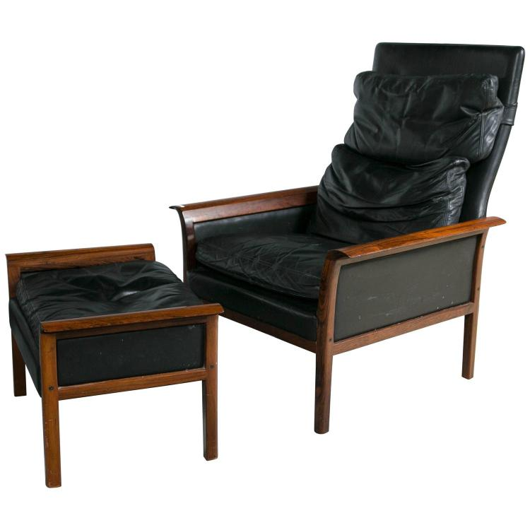 Danish Mid-Century Modern Lounge Chair and Ottoman in a Rosewood Frame
