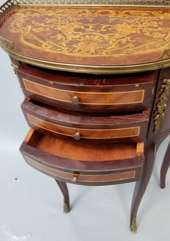 Italian style marquetry inlaid demi lune table for Table cuisine demi lune