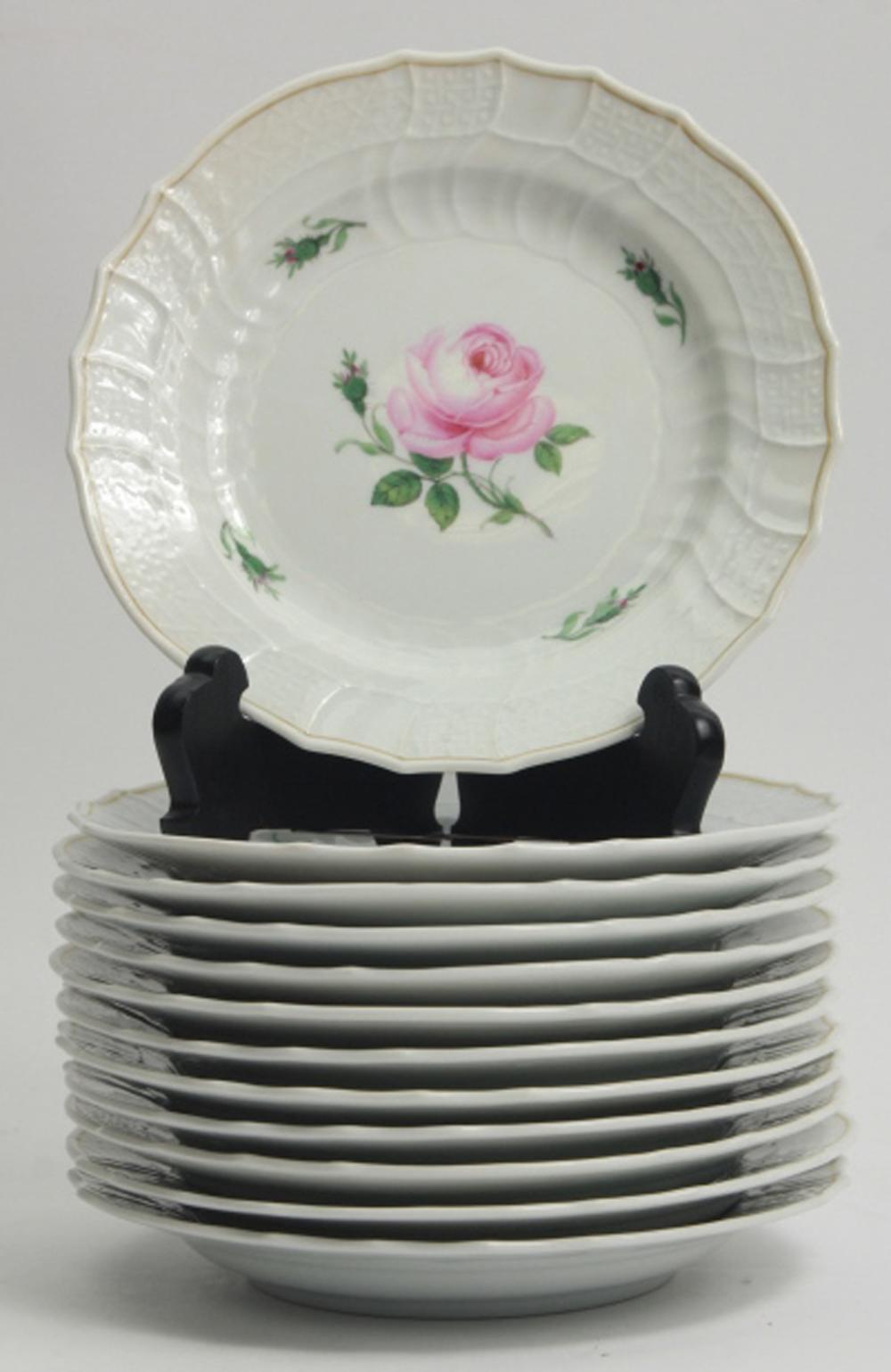 12 Meissen Rose Motif Porcelain Lunch Plates
