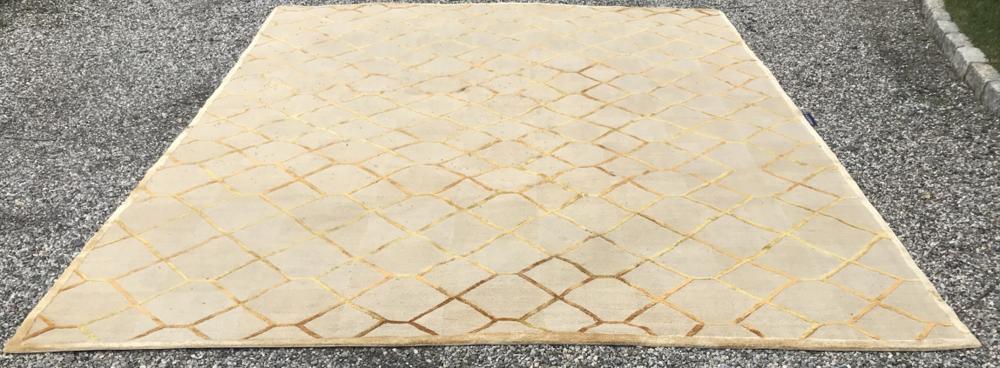 Safavieh Couture Collection Diamond Pattern Carpet