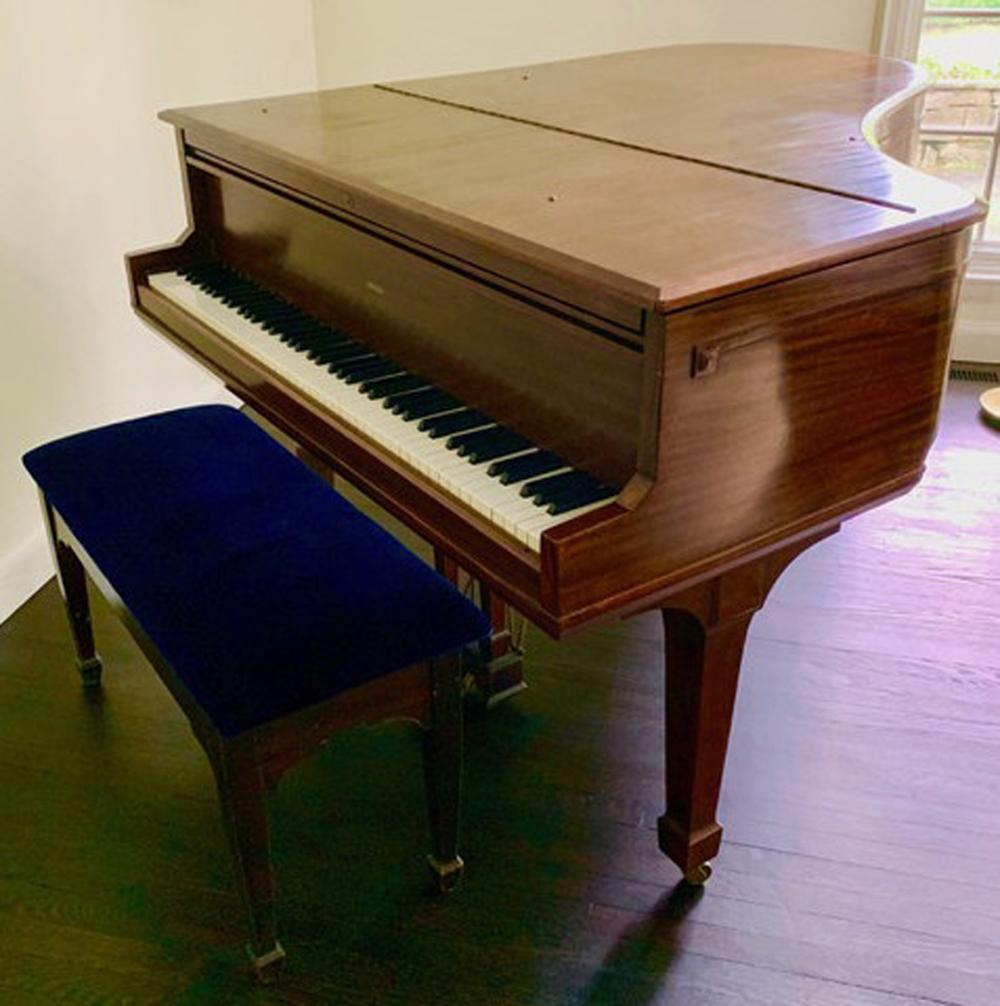 Sohmer Baby Grand Piano Cupid Model 55080