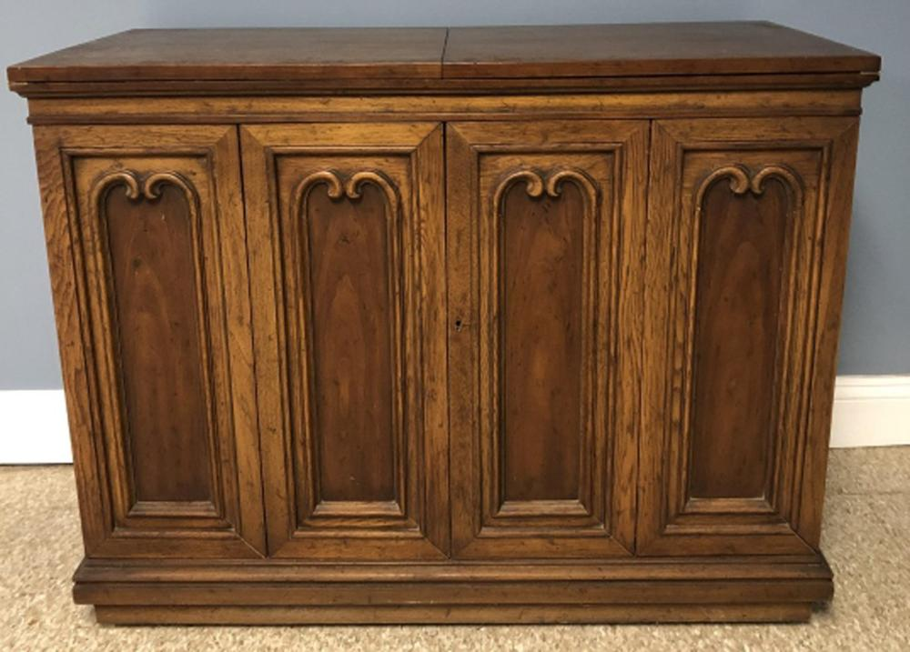 Mid Century Cabinet / Console with Fold Out Bar