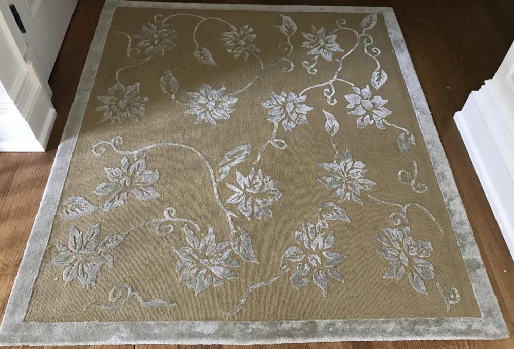 Contemporary Textured Botanical Throw Carpet