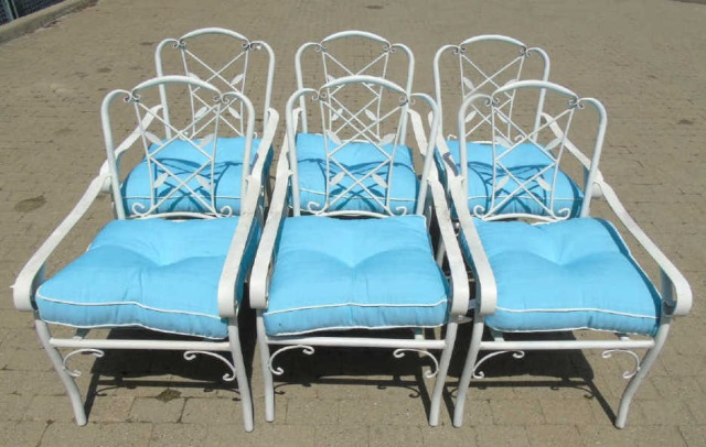 6 white wrought iron garden chairs w cushions