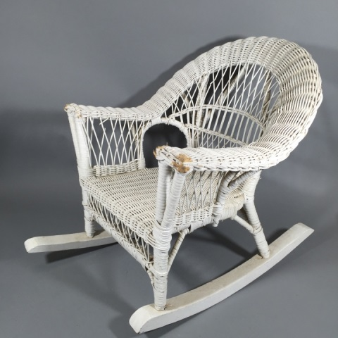 child 39 s white wicker rocking chair. Black Bedroom Furniture Sets. Home Design Ideas