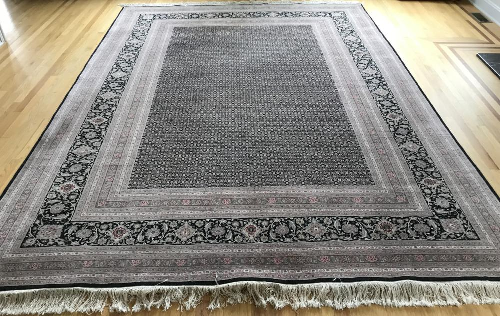 Hand Knotted Silk & Wool Oriental / Persian Carpet