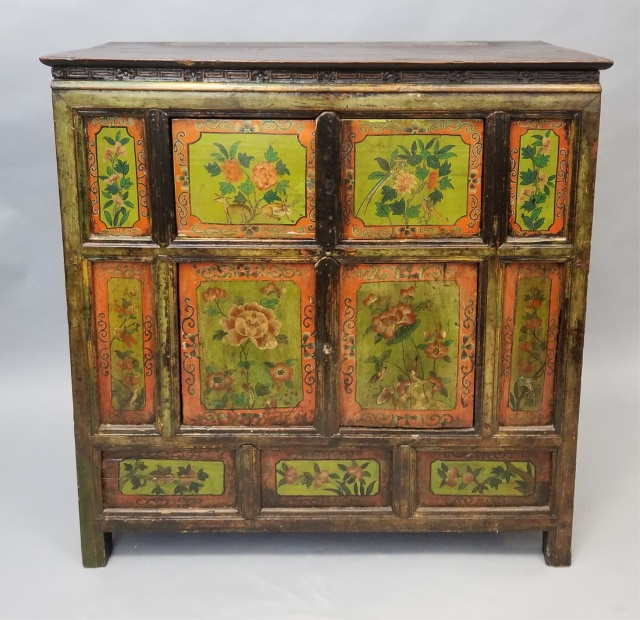 Antique finish hand painted asian console cabinet for Asian console cabinet