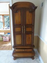 Italian Style Carved Wood Bombe Cupboard Cabinet